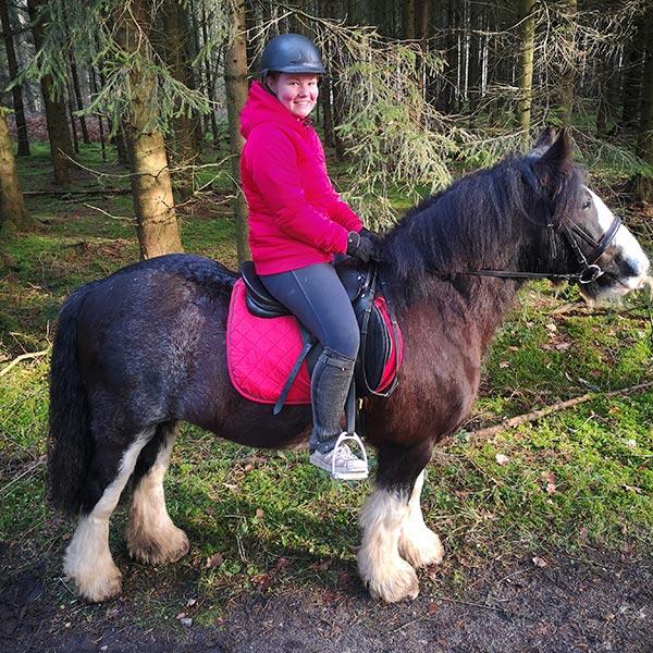 Sir Barnaby und seine Reiterin Lena Hagemeier sind ein eingespieltes Team.